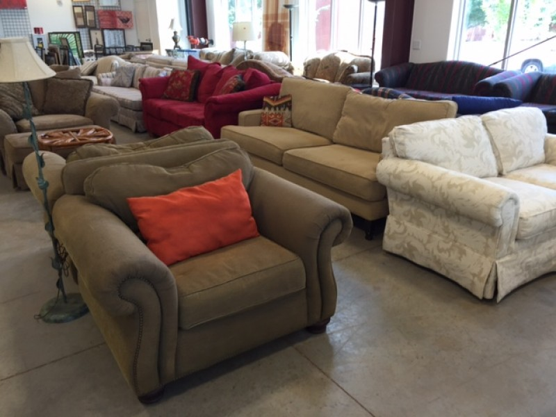 atlanta habitat restore now accepting donations of household items furniture appliances decor. Black Bedroom Furniture Sets. Home Design Ideas