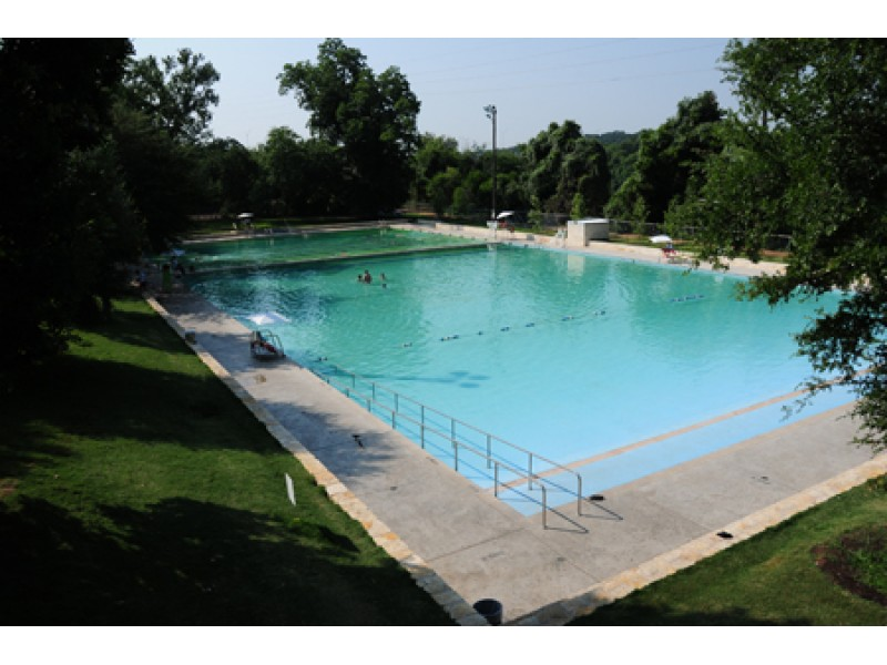 Austin Officials Schedule Free Day At Deep Eddy Pool For Its