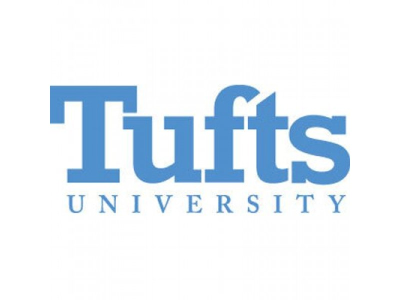 Tufts student wakes up to unusual man rubbing her arm