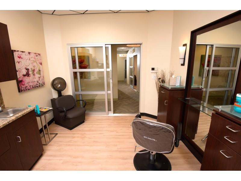 the new my salon suite location in st petersburg invites salon