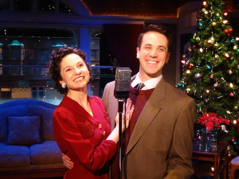 American Blues Theater 39 S It 39 S A Wonderful Life Celebrates The Season And Its 14th Smash Year