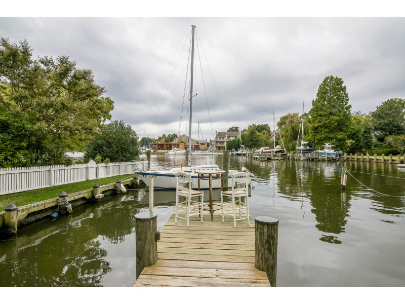 Annapolis Bed And Breakfast Waterfront