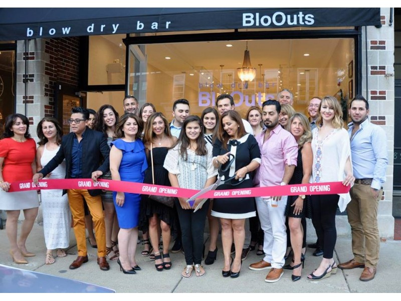 Bloouts a blow dry bar is welcomed to winnetka patch for 2 blowout salon highland park