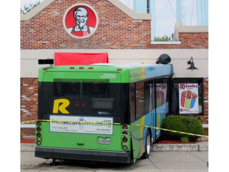 ride on bus crashes into silver spring kfc patch. Black Bedroom Furniture Sets. Home Design Ideas