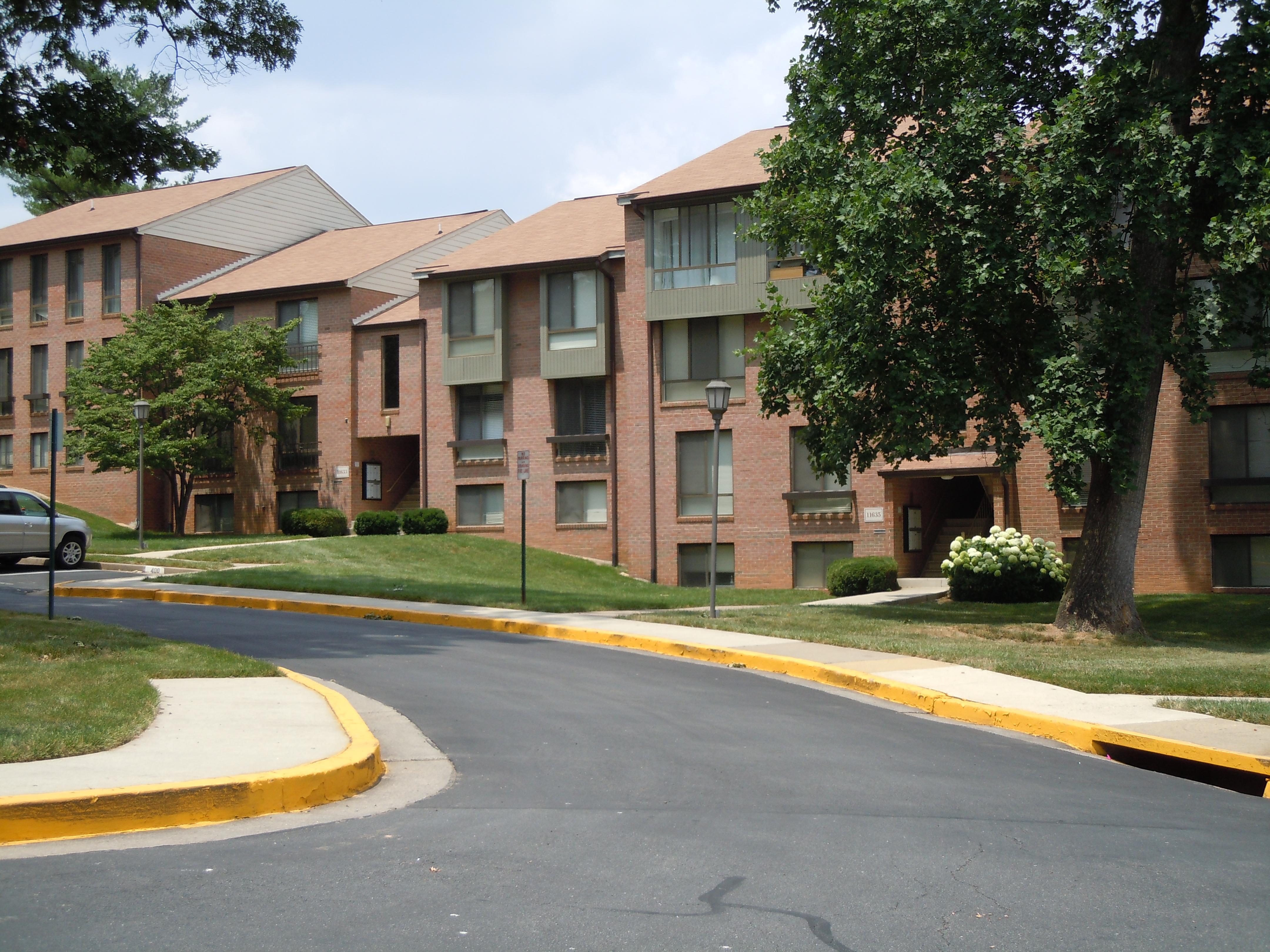 Silver Oak Apartments Complex