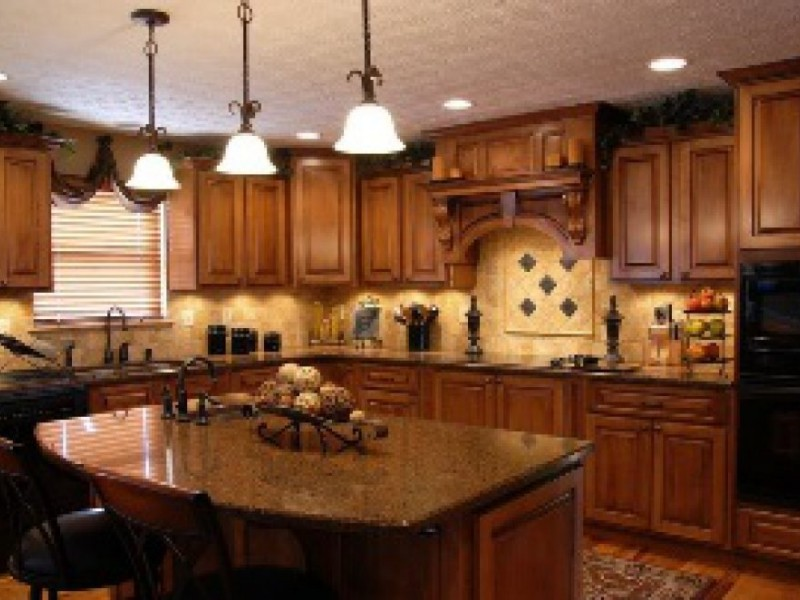 describe your kitchen Description of my kitchen essays though completely functional, my kitchen must be the loneliest room in my house i have never been much of a chef, although when the.