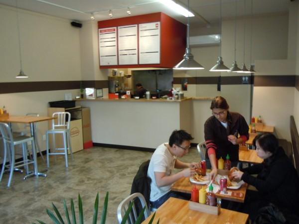 P S Mineola S New Burger Spot Mineola Ny Patch