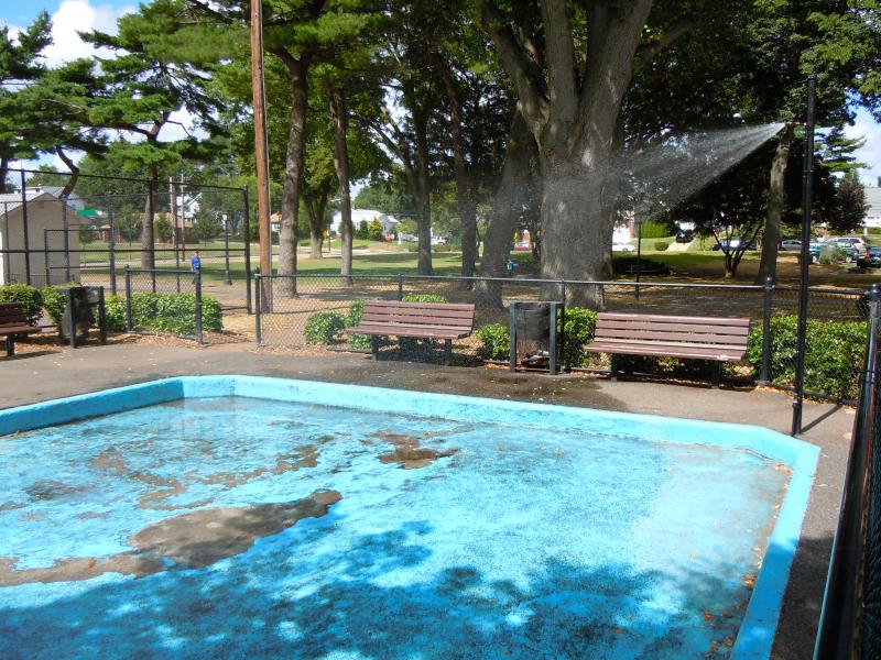 Mineola To Renovate Spray Pools In Parks