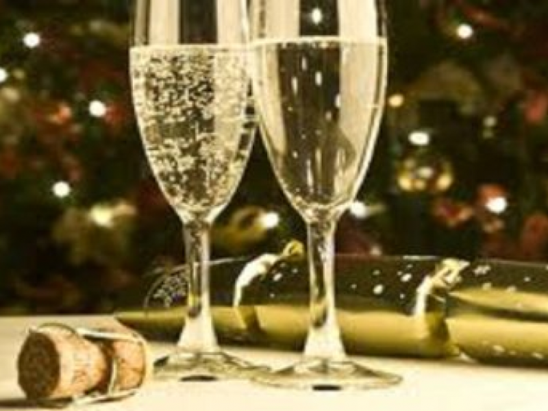 9 New Year S Eve Events In Chicago Suburbs Worth Checking