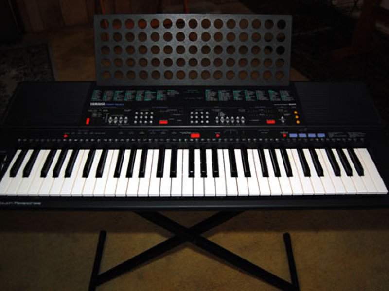 yamaha psr 500 keyboard w stand seat gulfport fl patch. Black Bedroom Furniture Sets. Home Design Ideas