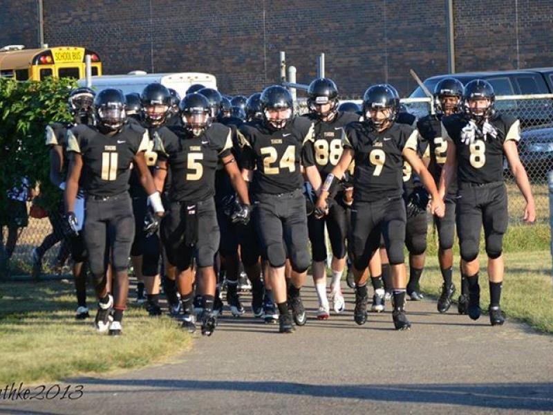 Fridley High School Football Team Faces St Louis Park