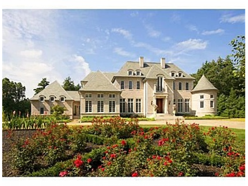 Home of the week a majestic mansion on flint road for Mass home builders