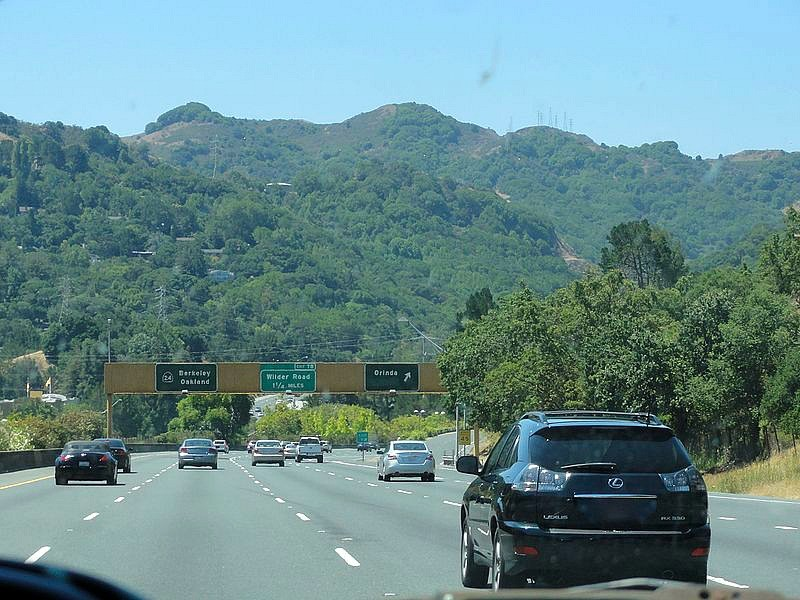 Report moraga orinda among safest places to live in for Good places to live in california
