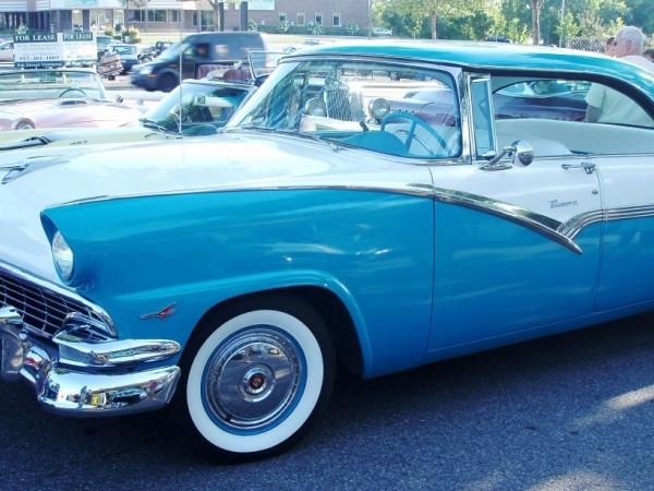 Minnetonka Drive In Classic Cars