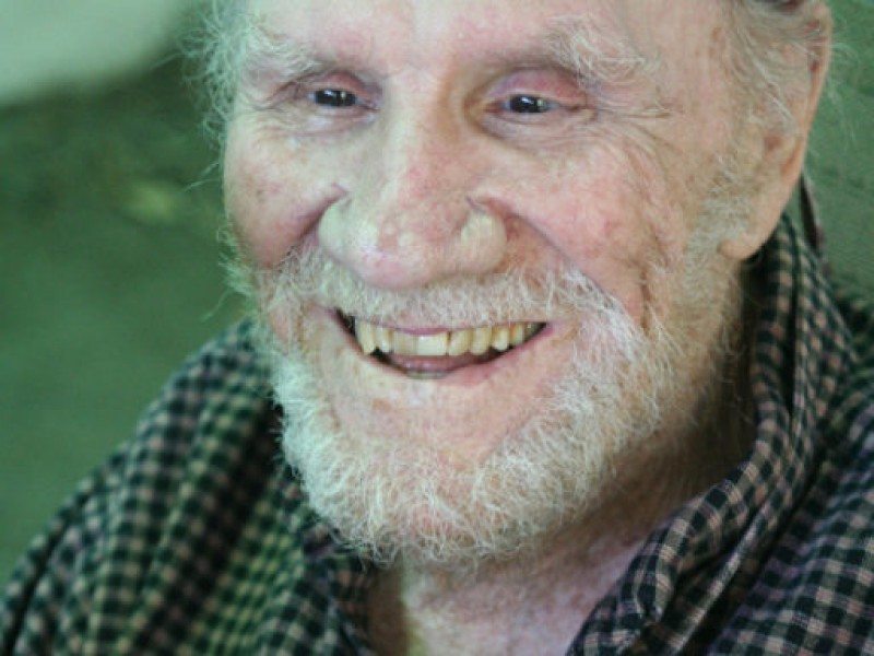 R. G. Armstrong Actor R G Armstrong Dies