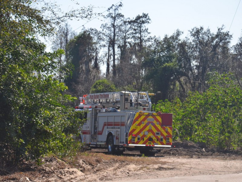 Brush Fire Breaks Out Behind Sutherland Elementary Palm