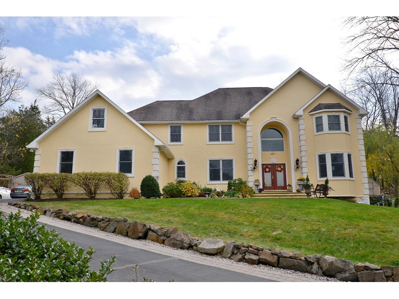 910K Selling Price For 10 Room Redding Place Home Montville NJ Patch