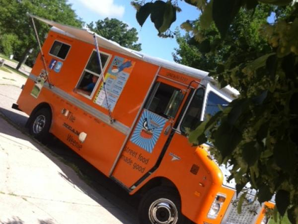 Mean Weenie Food Truck