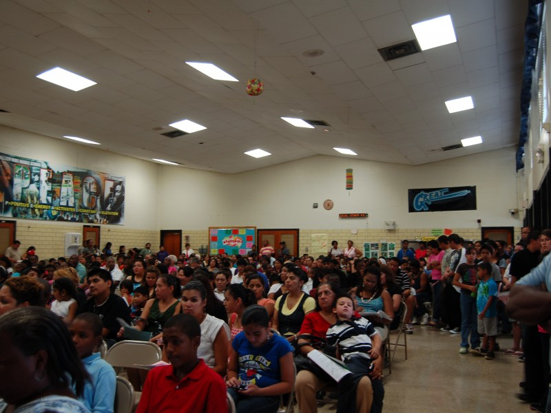 William Wirt Welcomes Parents At Back To School Night