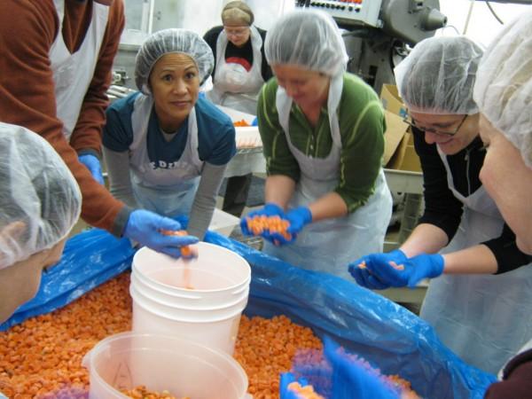 Redmond Food Bank Volunteer