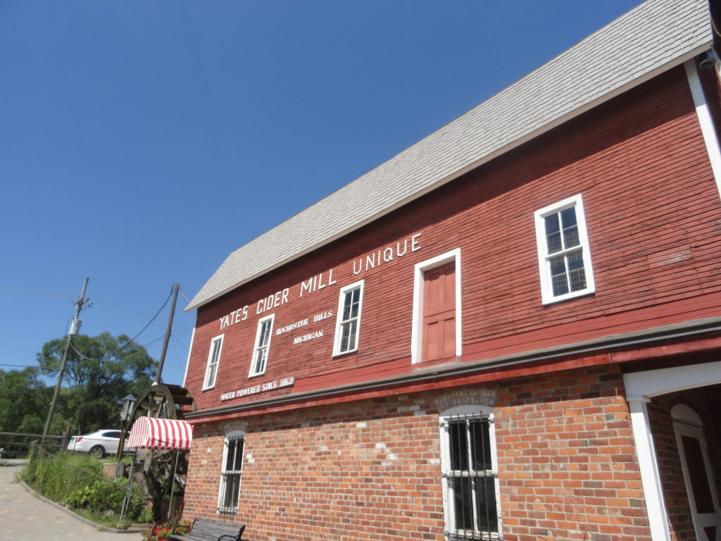 Your Guide To Cider Mills In Southeast Michigan Dearborn