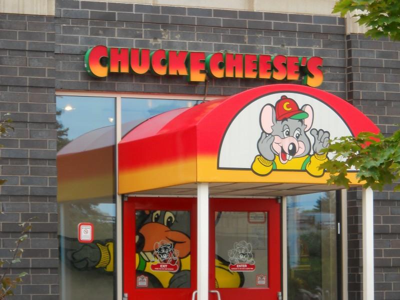 chuck e cheese rochester mn