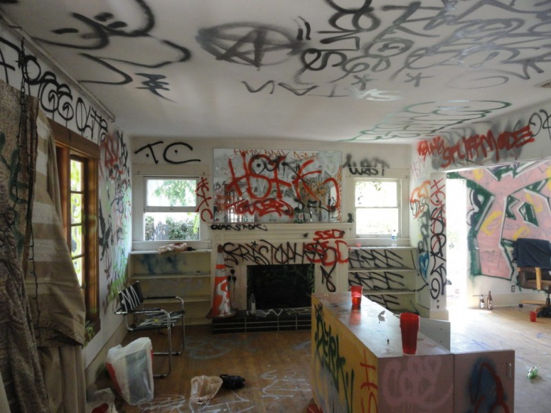 Foreclosed Home In Eagle Rock Severely Vandalized Photos