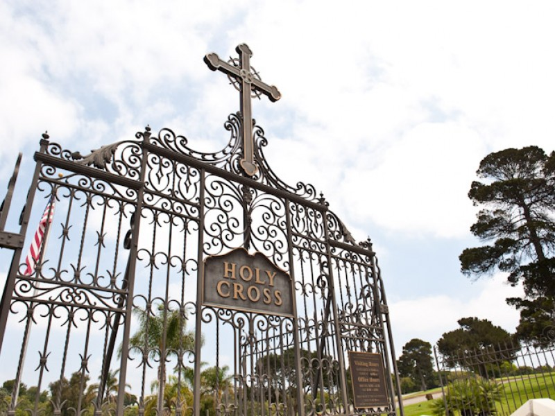 Here Lies The History Of Holy Cross Cemetery Culver City