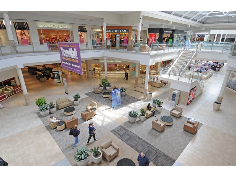 New Stores Coming To The Pheasant Lane Mall Patch