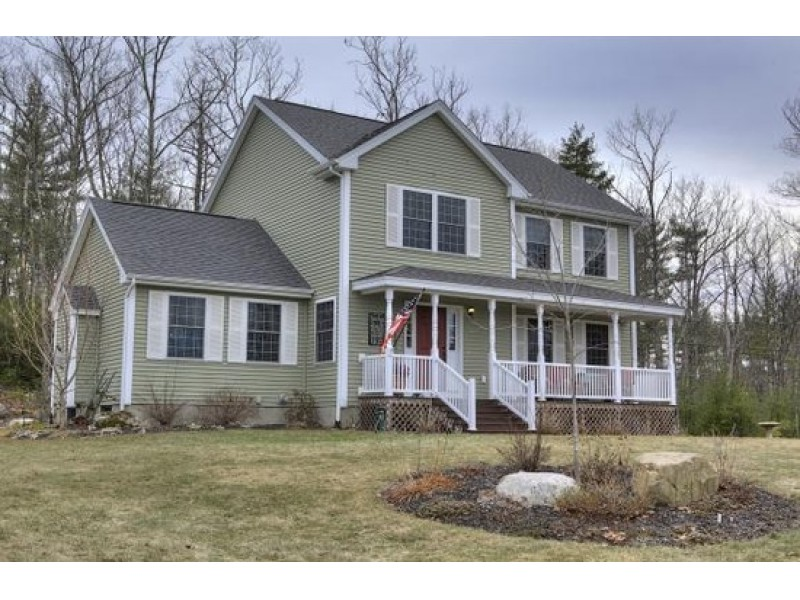 This energy efficient milford home is for sale milford for Energy efficient homes for sale