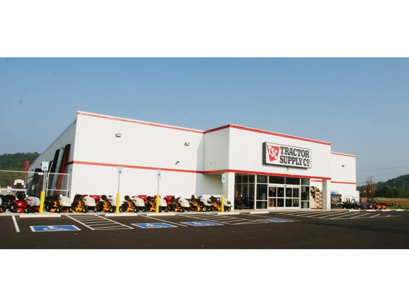 Tractor Supply Find It : Tractor supply company store hosts grand opening salem