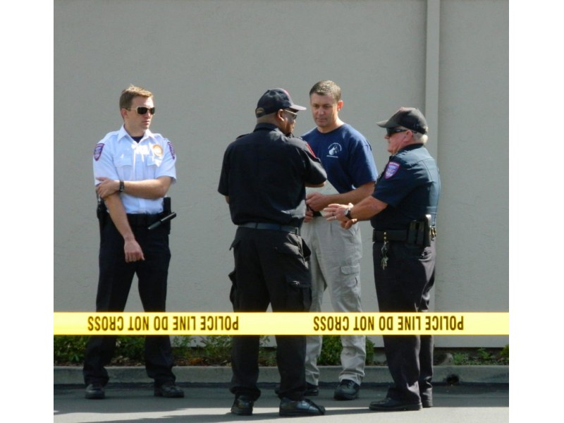 Updated Guard Fired Four Shots At Elk Grove Bank Robbers