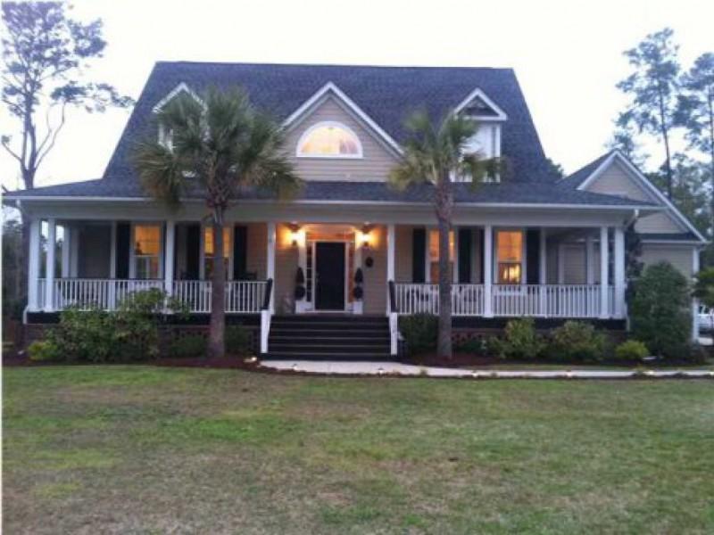 House hunt 31 summerville homes for sale summerville for Best home builders in south carolina