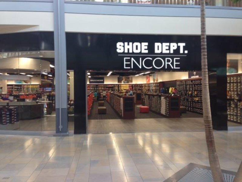 Salisbury Mall Shoe Stores