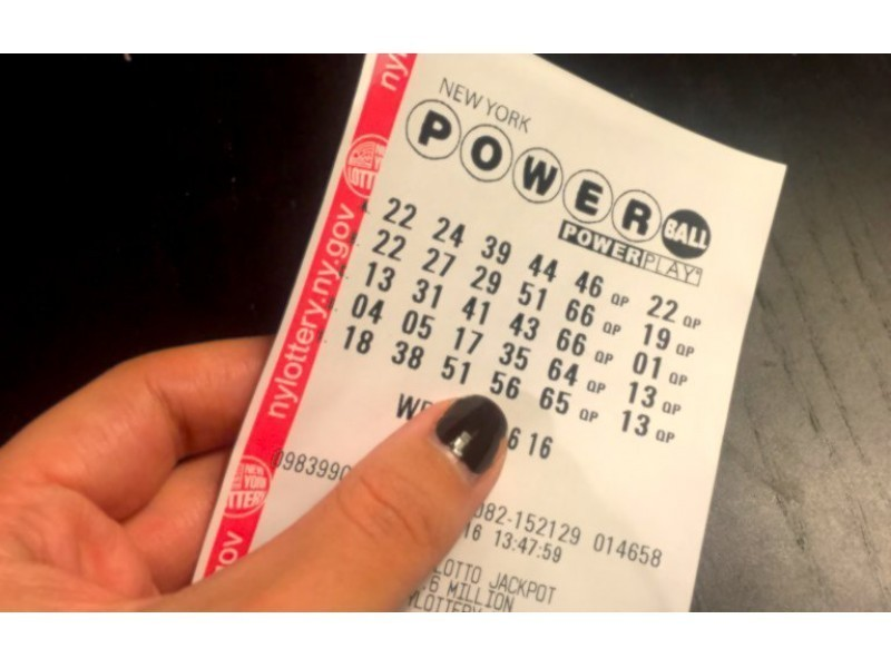 One winning ticket matches all Powerball numbers