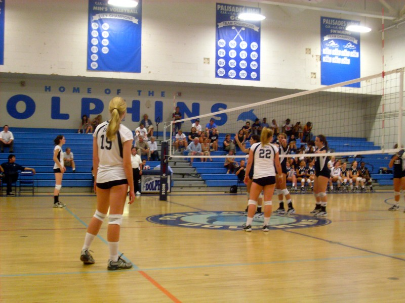 Venice Volleyball Team Wins In Nail Biter Venice Ca Patch