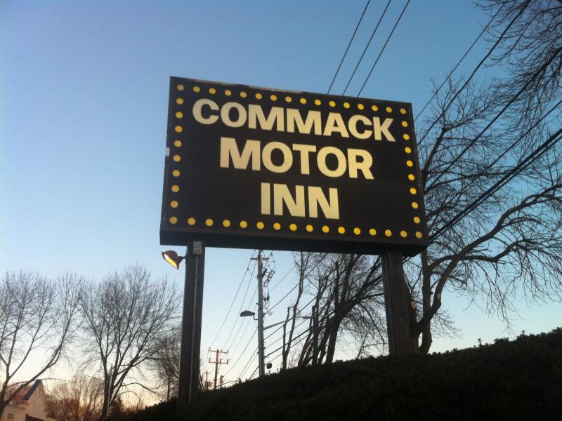 Crime Log 2 Arrests At Commack Motor Inn Commack Ny Patch