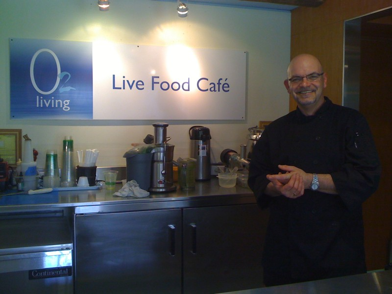 O2 Living's Live Food Cafe