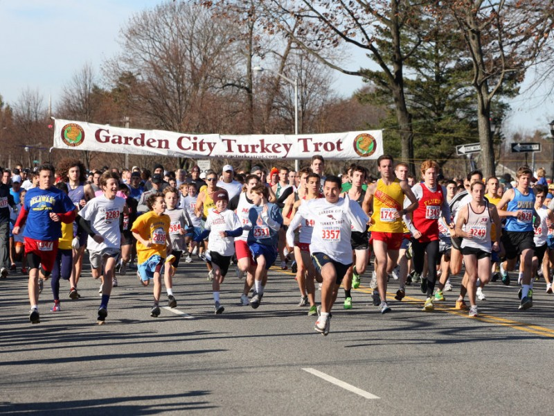 Garden City Turkey Trot Attracts Thousands Of Runners