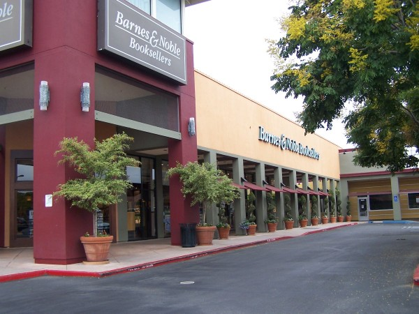 Barnes Amp Noble At The Pruneyard Closes Campbell Ca Patch