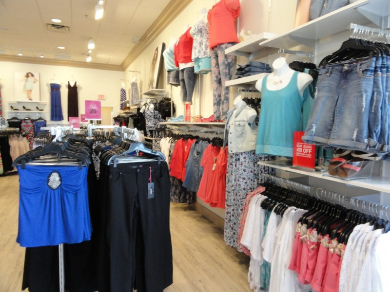 Clothing stores in woodbury mn