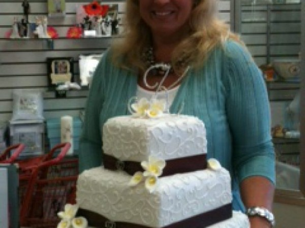 Behind The Counter Cake Amp Wedding Cottage Parkville Md