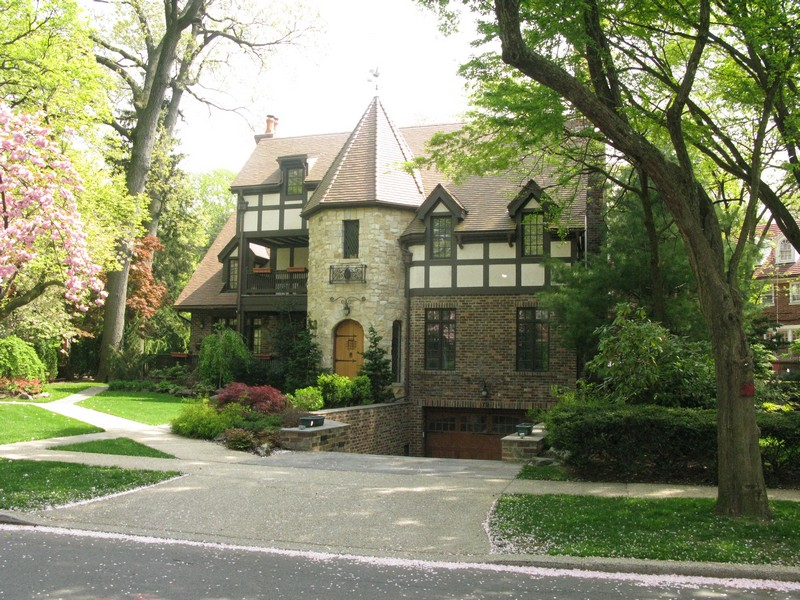 Gallery Two Forest Hills Gardens Homes Sold Forest Hills Ny Patch