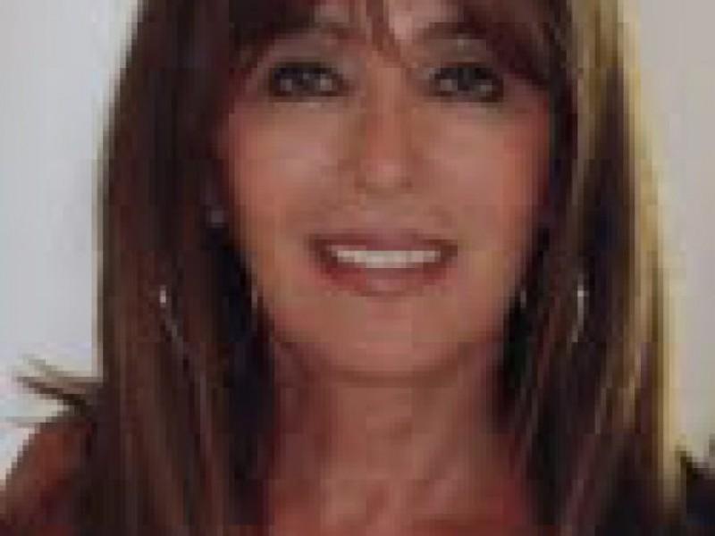 Diane Mcclure Realtor With Show Biz Ties Sherman Oaks