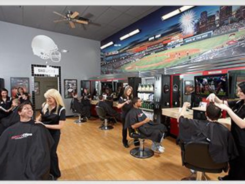 The new sports-themed hair salon in Shawsheen Plaza, Sports Clips ...