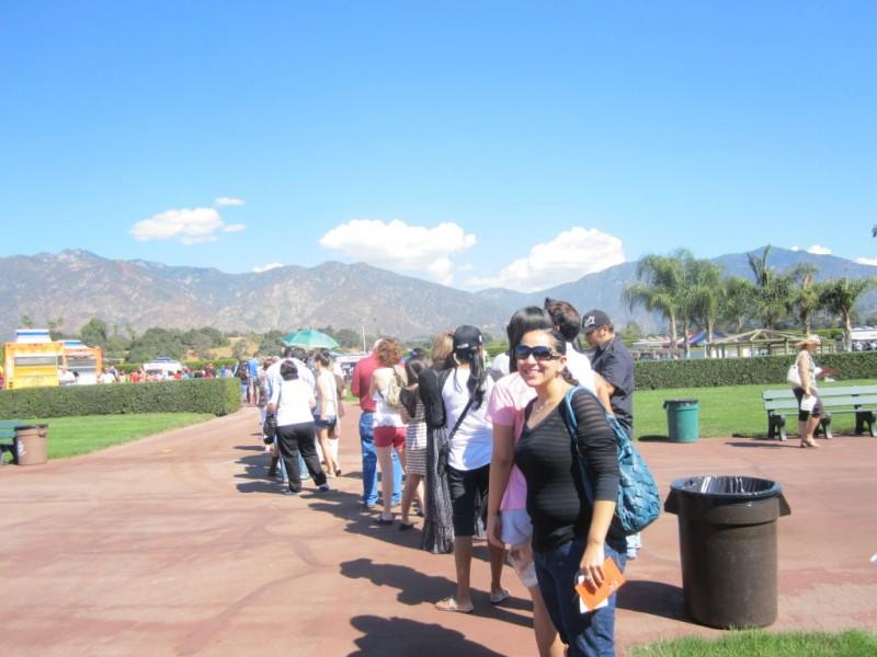 Food Trucks Draw A Crowd To Santa Anita Park Arcadia Ca