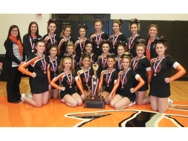 New Lenox Illinois >> Bringing It Home: Lincoln-Way West Cheerleaders Celebrated for Stellar Season - New Lenox, IL Patch