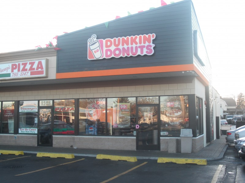 Levittown Man Arrested With Gun At Bellmore Dunkin Donuts