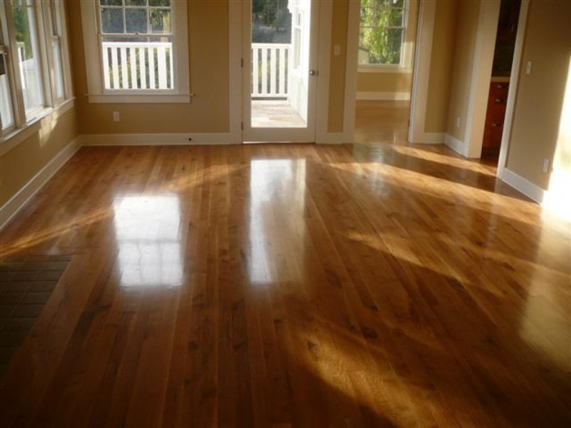 When is it time to refinish your hardwood floors tinley for Homes with hardwood floors