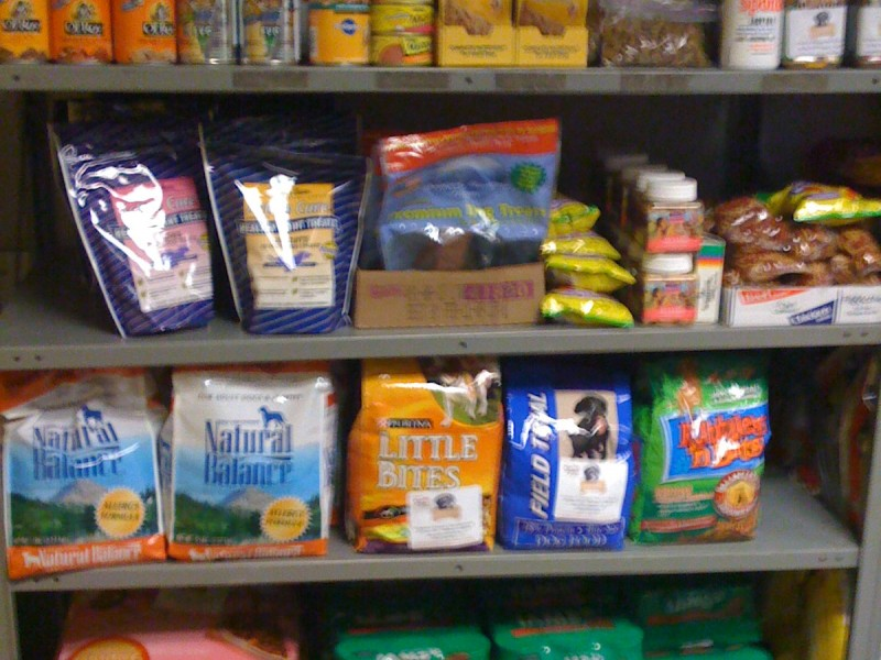pet food pantry now seeking donations prospect heights
